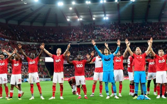 Con Ochoa como titular, Standard Lieja inicia con victoria temporada - Foto de Standard de Lieja