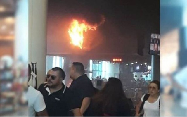 #Video Incendio en el Aeropuerto de Cancún - Foto de internet