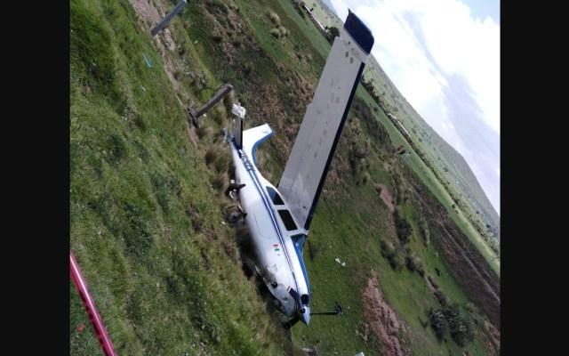 Aterrizaje de emergencia de avión pequeño en Hidalgo - Foto de Twitter Independiente Hidalgo