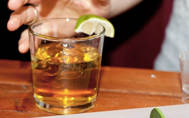 ¿Es peligroso mezclar bebidas energéticas con alcohol? - Foto de internet