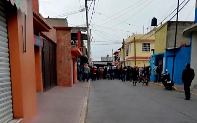 #Video Enfrentamiento tras operativo contra pirotecnia en Tultepec - Foto de Quadratín