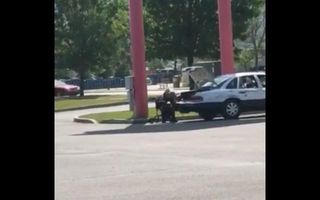 #Video Sorprenden a falso indigente en Walmart de Idaho - Captura de Pantalla