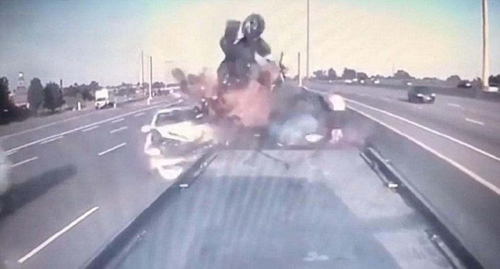 #Video Familia sobrevive a aparatoso choque en Canadá - Foto Captura de Pantalla
