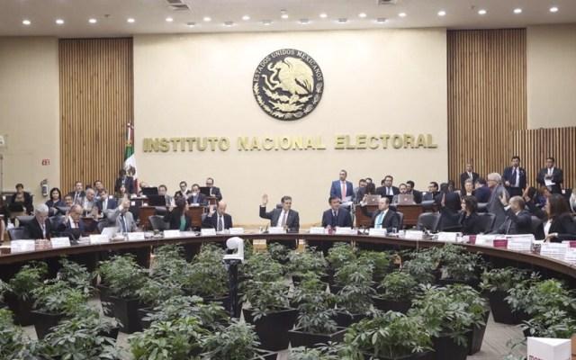 INE avala pérdida del registro de Nueva Alianza y Encuentro Social - Foto de Twitter INE