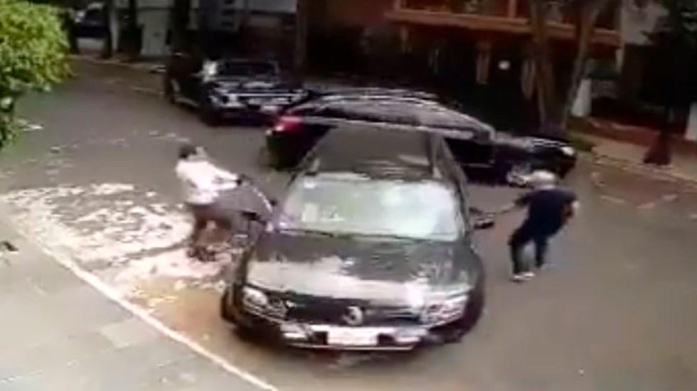 #Video Automovilista frustra intento de secuestro en la Condesa