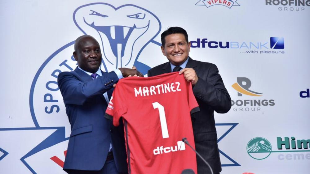 Técnico mexicano dirigirá en liga de futbol de Uganda