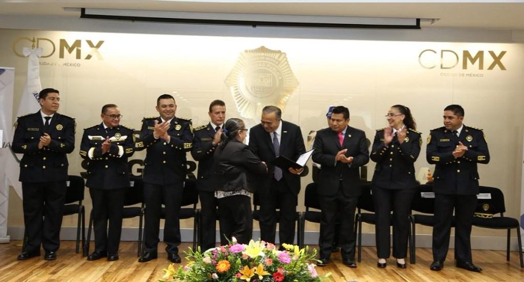 Jubilan a 311 policías capitalinos con 157 millones de pesos - Foto de @SSP_CDMX