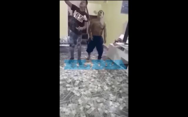 #Video Narcos se graban bailando bajo una lluvia de billetes