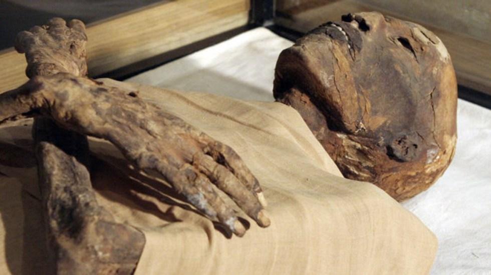 #Video Científicos 'hacen hablar' a momia de hace 3 mil años - momia