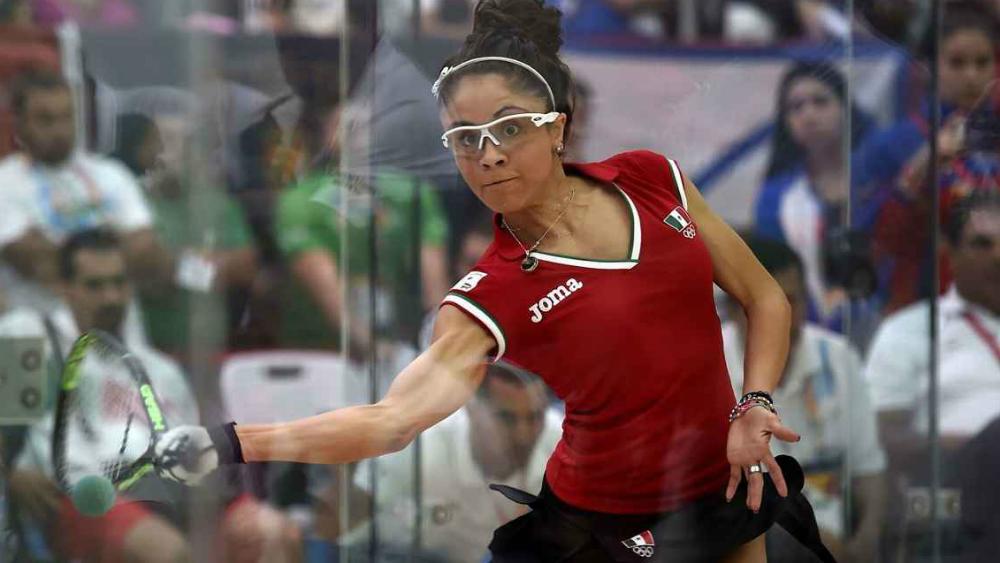 Paola Longoria cae en final de Mundial de Raquetbol - Foto de AFP