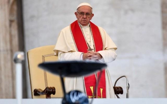 """El papa Francisco declara """"inadmisible"""" la pena de muerte - Foto de AFP / Andreas Solaro"""