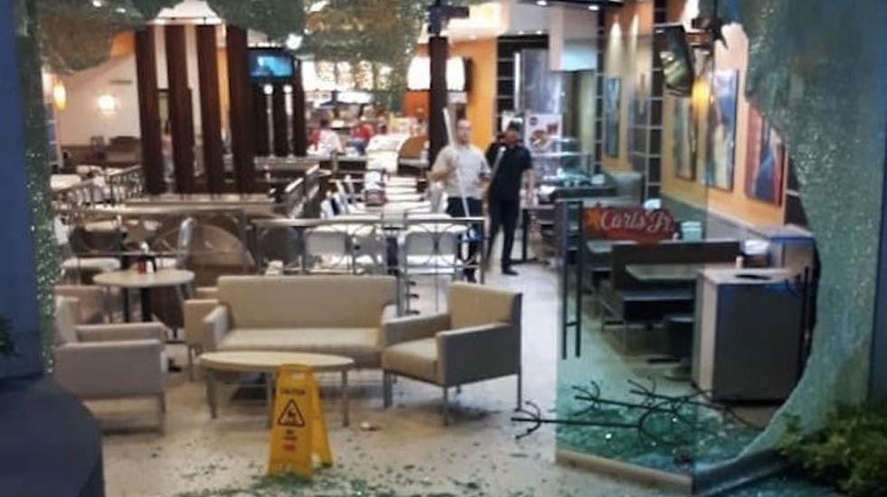Asesinan a ciudadano canadiense en plaza comercial de Guadalajara - Foto de @R_cieloslatinos