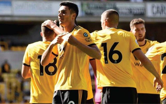 #Video Raúl Jiménez anota primer gol con Wolverhampton y vence al equipo de Layún