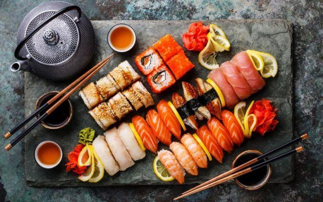 La manera correcta de comer sushi - oyakata.com