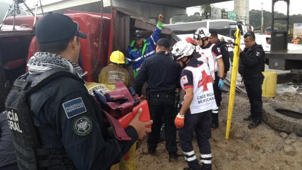 Accidente en la México-Toluca deja dos mujeres muertas. Noticias en tiempo real