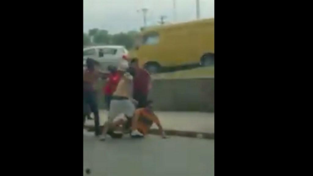 Permanece grave aficionado de Tigres herido en riña en Monterrey - aficionado golpeado en monterrey