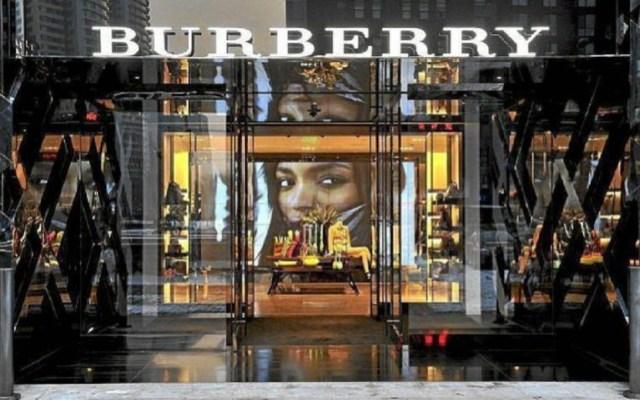 Burberry dejará de destruir las prendas que no venda - Foto de Internet