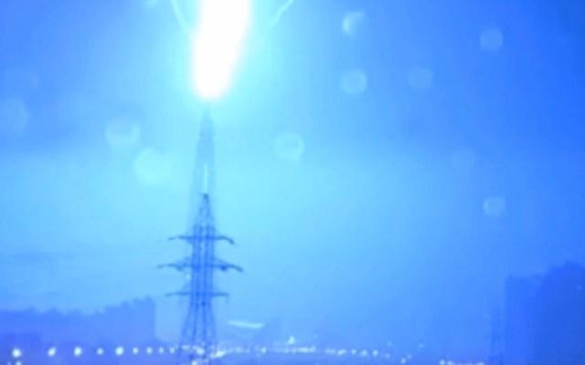 #Video Relámpago impacta el edificio más alto de Europa - Foto de Internet