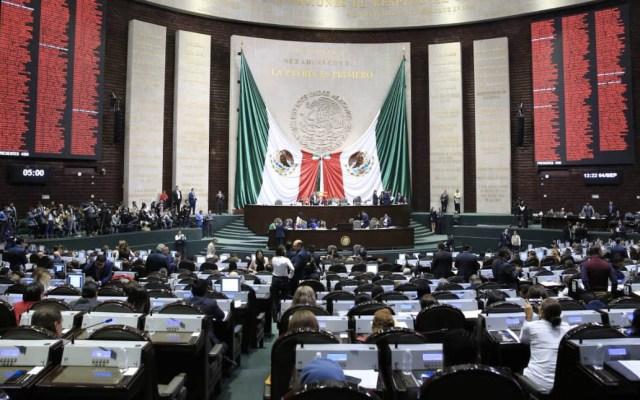 Presenta Morena iniciativa de revocación de mandato del presidente - Foto de @CanalCongreso