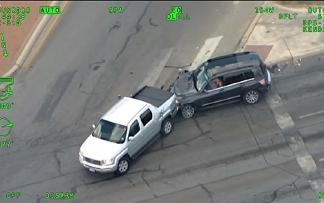#Video Choca y escapa de persecución policiaca con su bebé a bordo - Foto de Texas Department of Public Safety