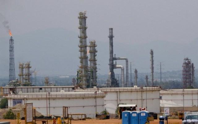 Compañía de EE.UU. asesorará a equipo de AMLO para refinería de Tabasco - Foto de Internet