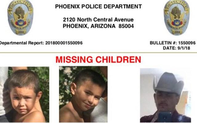 Desaparecen hermanos pequeños tras tiroteo en el que murió su madre - Foto de Phoenix Police Department