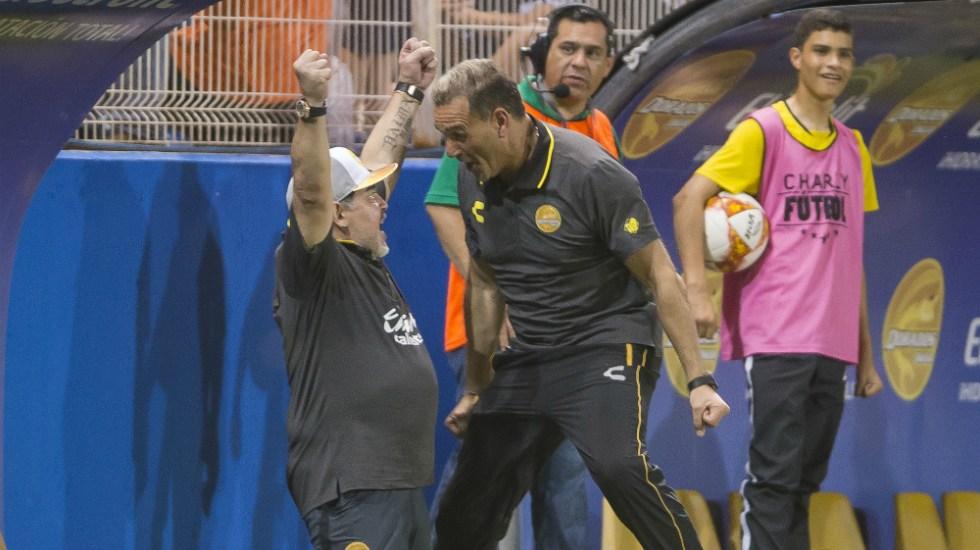 Maradona debuta con el pie derecho en el futbol mexicano - Foto de Mexsport