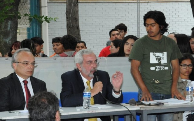 Enrique Graue llama a diálogo en CCH Azcapotzalco - Foto de @asiesguzmanm