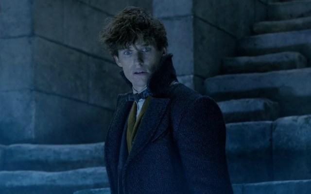 """""""Fantastic Beasts"""" debuta en el primer lugar de la taquilla - Fantastic Beasts debuta en la cima de la taquilla"""