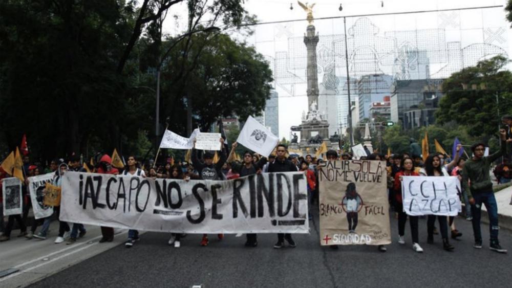 #EnVivo Movilización por el 50 aniversario de la Marcha del Silencio llega al Zócalo. Noticias en tiempo real