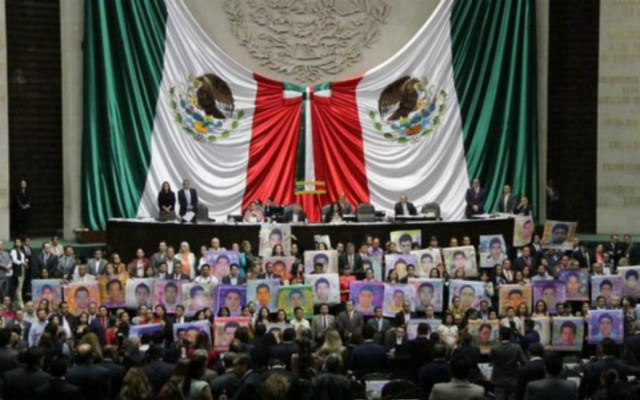 Diputados de Morena exigen reabrir investigación sobre los 43 - Foto de internet