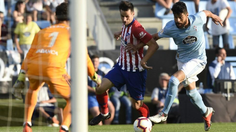 Con Néstor Araujo de titular, Celta derrota 2-0 al Atlético de Madrid - Foto de AFP