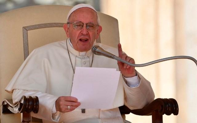 Estafan a 400 jóvenes con viaje para encuentro con el papa Francisco - El papa Francisco lamenta el rechazo contra migrantes