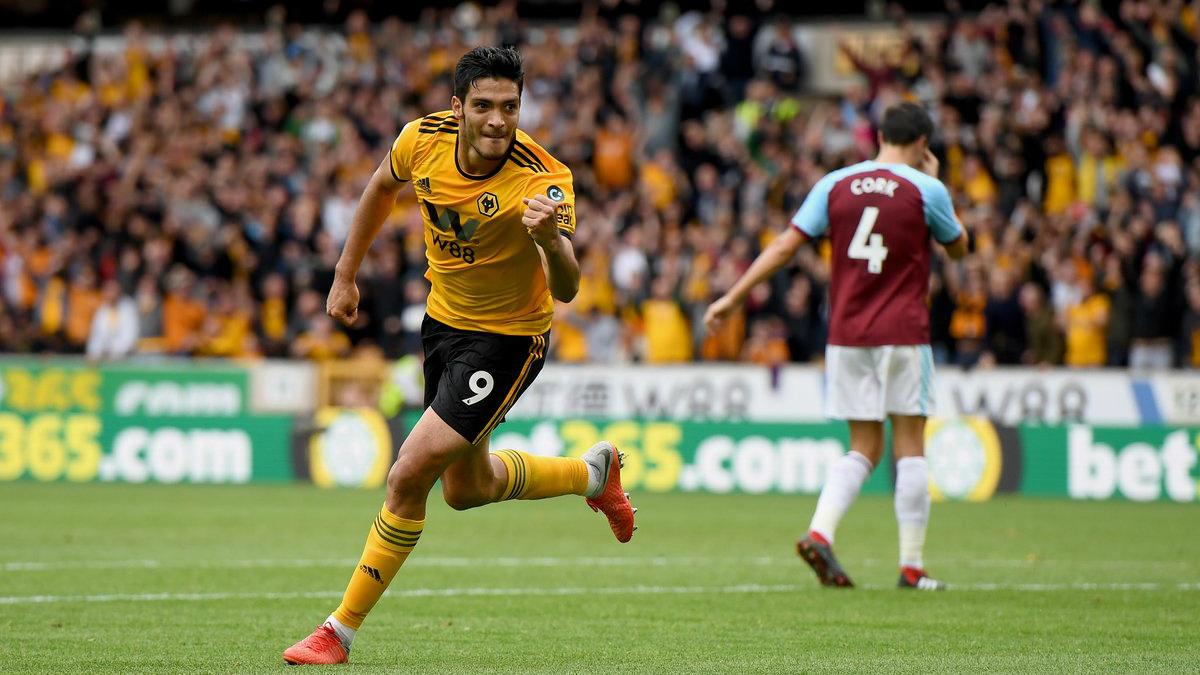 Antes del gol, Jiménez hizo un papelón con Wolverhampton