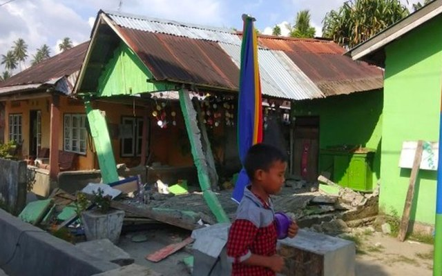 Embajada de México en Indonesia activa número de emergencia tras sismo - Foto de AFP