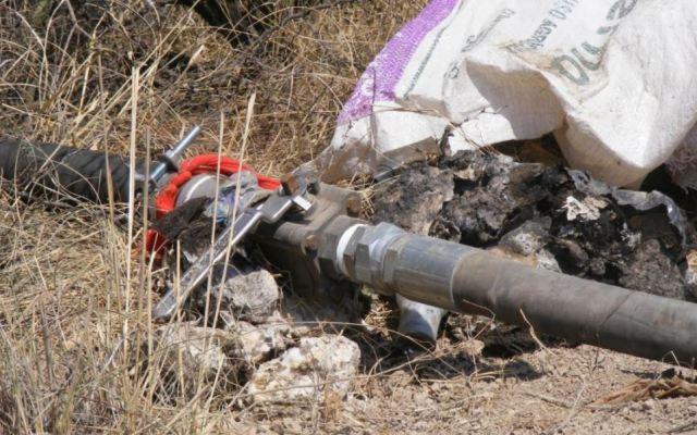Decomisan hidrocarburo, vehículos, armas y tomas clandestinas en Tabasco - Toma clandestina. Foto de Twitter