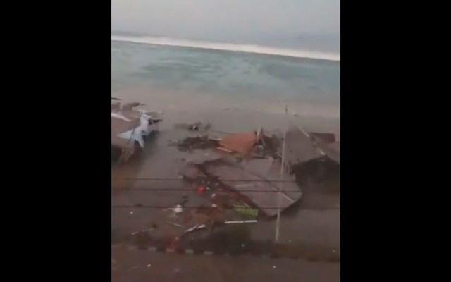 #Video Terremoto y tsunami dejan varios muertos en Indonesia