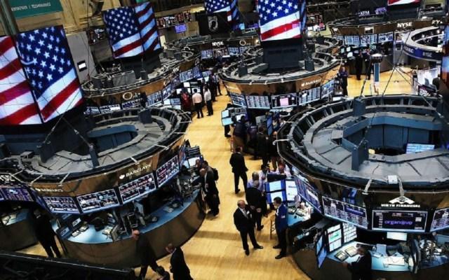 Aversión a riesgo afecta mercados financieros mundiales - Interior de la bolsa de Wall Street. Foto de Internet