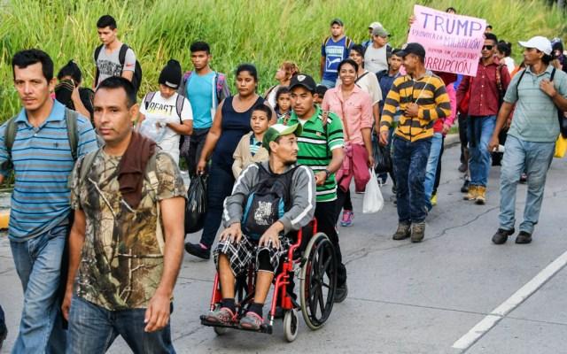 Hondureños inician caminata hacia Estados Unidos - Hondureños caminarán durante semanas a Estados Unidos. Foto de AFP / Orlando Sierra