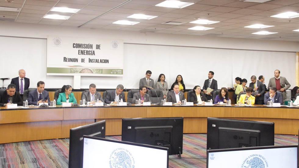 Reforma Energética sigue en pie: Morena en San Lázaro - Foto de @Dolores_PL