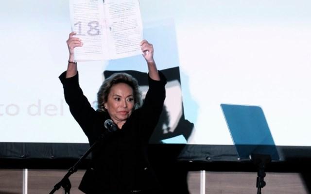 """""""Vamos sin miedo por el SNTE"""": Elba Esther Gordillo - Foto de Notimex"""