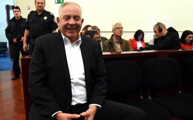 Condenan a dos años y medio de cárcel a exprimer ministro de Croacia - Foto de AFP