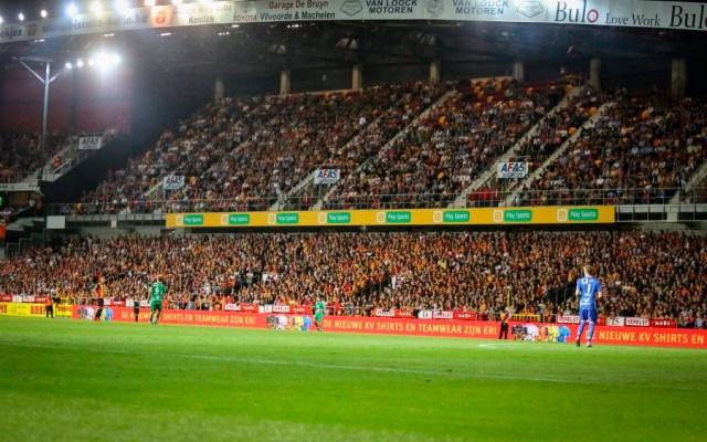 Dirigentes de clubes figuran entre inculpados por fraude en Bélgica - Foto de @kvmechelen