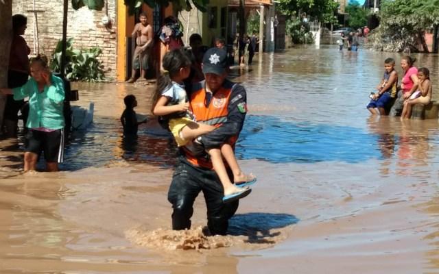 Llega ayuda a damnificados por Willa en Nayarit - Elementos de la Policía Federal también auxilian a damnificados por