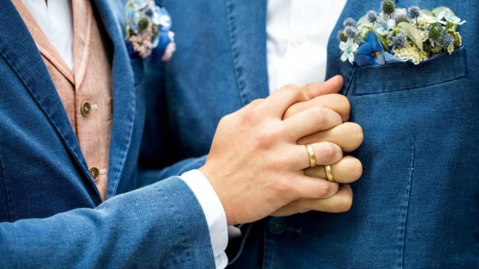 Diputados del PRD proponen legalizar matrimonio gay - Foto de EPA