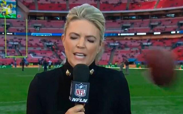 #Video Golpean a reportera de la NFL durante transmisión en vivo