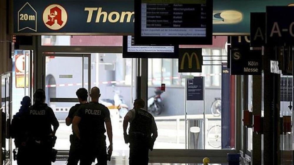Policía de Alemania en estación de tren por toma de rehén. Foto de Internet