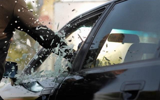 En Ecatepec se roban el mayor número de autos a nivel nacional - Robo de autos con violencia se disparó en los últimos tres años