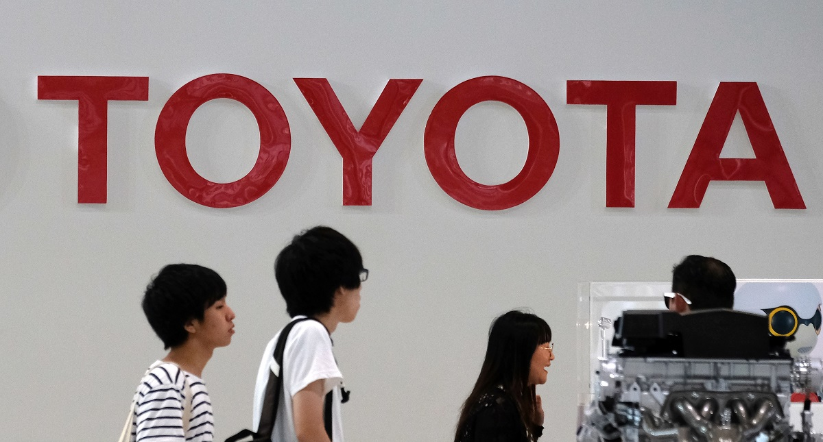 Toyota retira de mercado noruego más de 14.000 autos híbridos