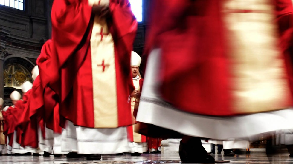 Suman 245 víctimas por abusos sexuales en iglesia chilena - Se investiga a 190 personas por abusos sexuales dentro de la iglesia chilena. Foto de AFP / Tiziana Fabi